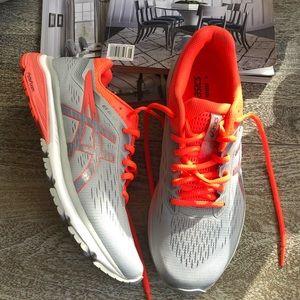 ASICS GT 1000 7 Running Shoe